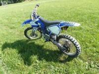 125 yz bleu de 2001 volée