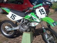 trois motos de cross