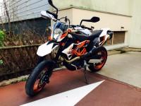 Vol KTM 690 SMCR 2014