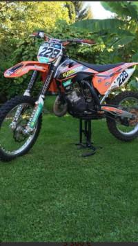Moto cross 150 xs