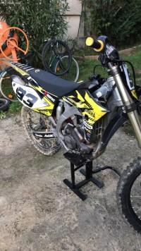 moto cross yamaha 250 yzf
