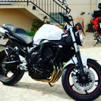 Vol Yamaha FZ6 S2
